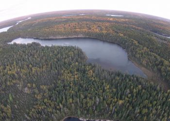 Small lake in northwestern Ontario